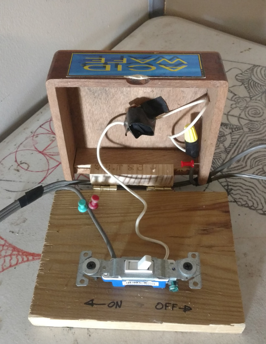 here is the switchbox, showing the main on/off and the wiring for the momentary pushbutton